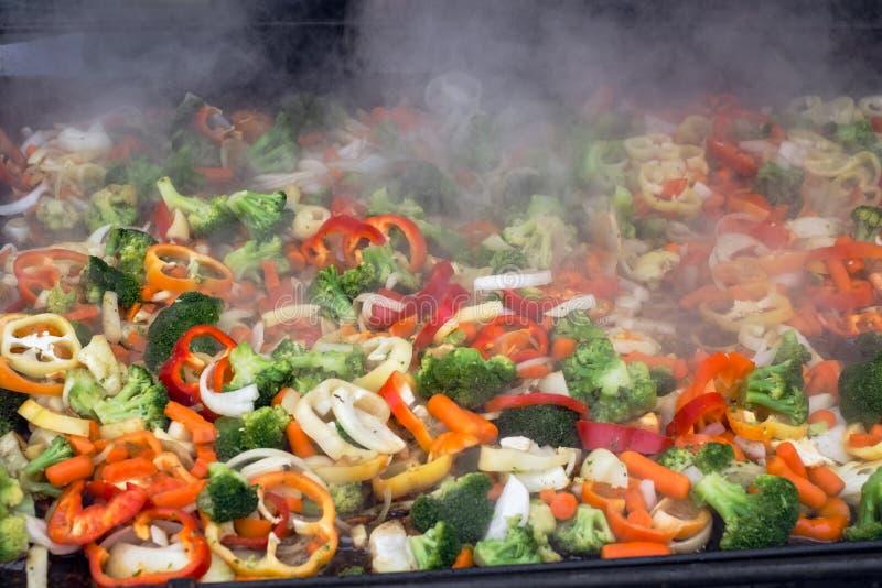 Свежие овощи на гриле стоковое фото rf
