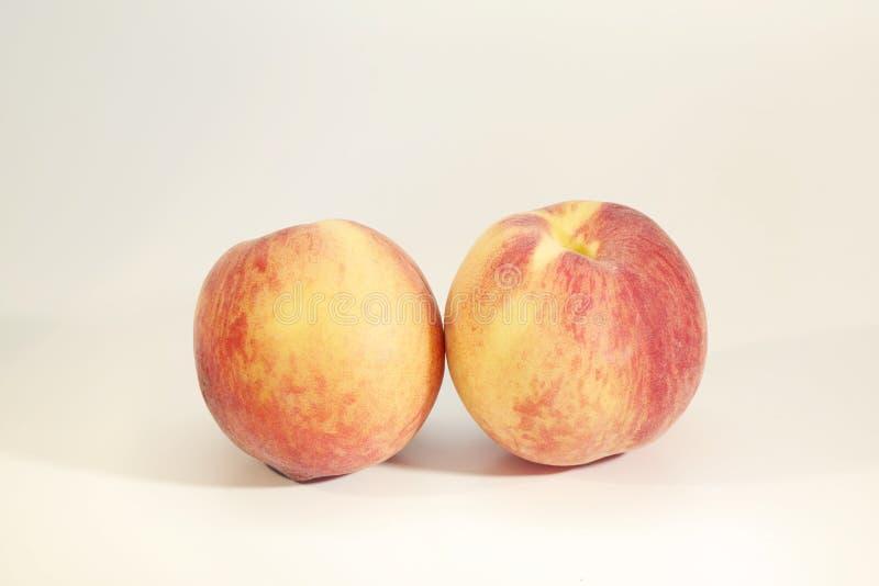 Свежие пары персика стоковая фотография