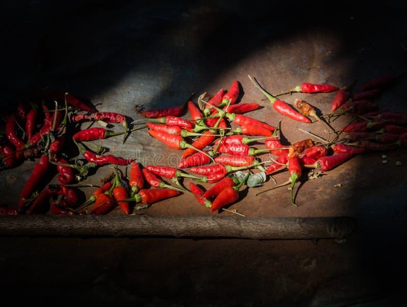 свежие перцы красные стоковая фотография