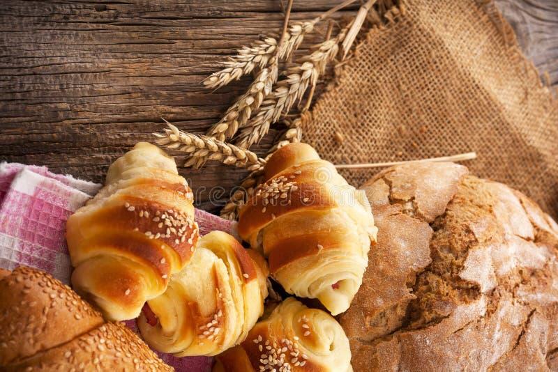Download свежие продукты хлебопекарни Стоковое Изображение - изображение насчитывающей здорово, пшеница: 37925587