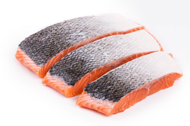 Свежие сырые красные куски филе рыб стоковое изображение rf