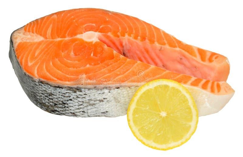 Свежие сырые salmon стейки стоковые фото