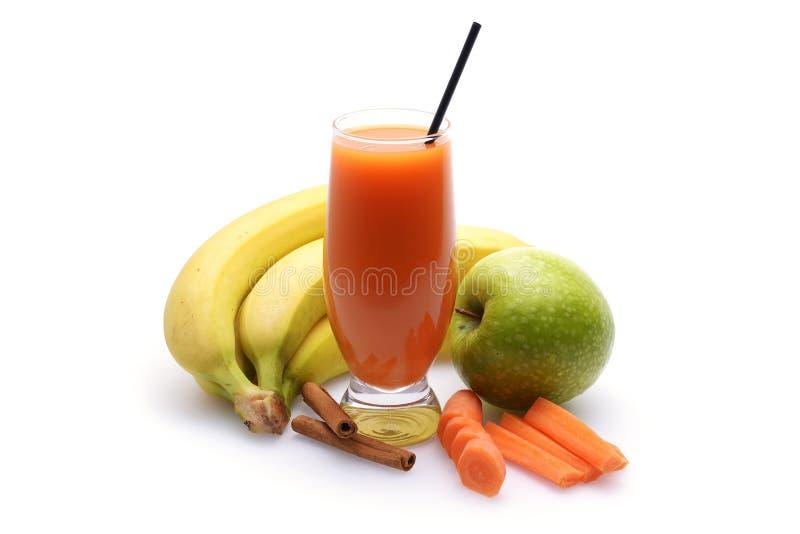 Свежие фруктовые соки фрукта и овоща стоковые фотографии rf