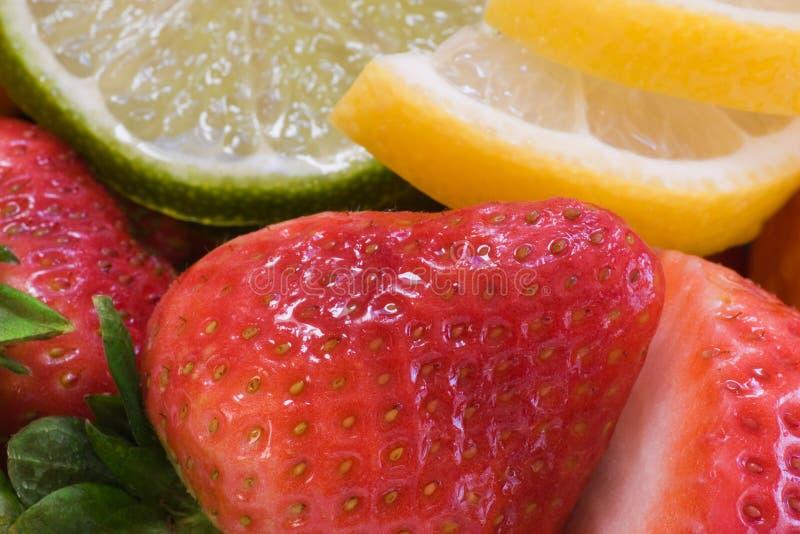 свежие фрукты ассортимента стоковые изображения rf