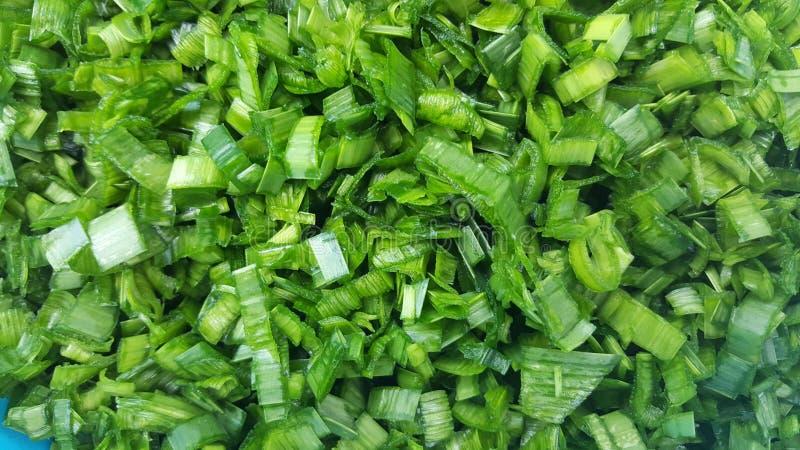 свежие части отрезка лук-порея для овощного супа стоковые фотографии rf