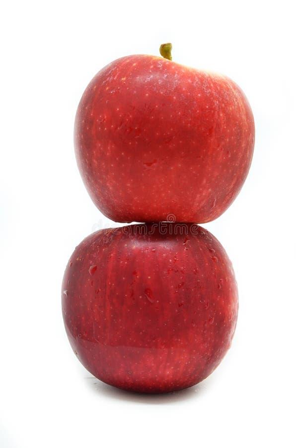 Свежие яблоки красного цвета 2 стоковые фото