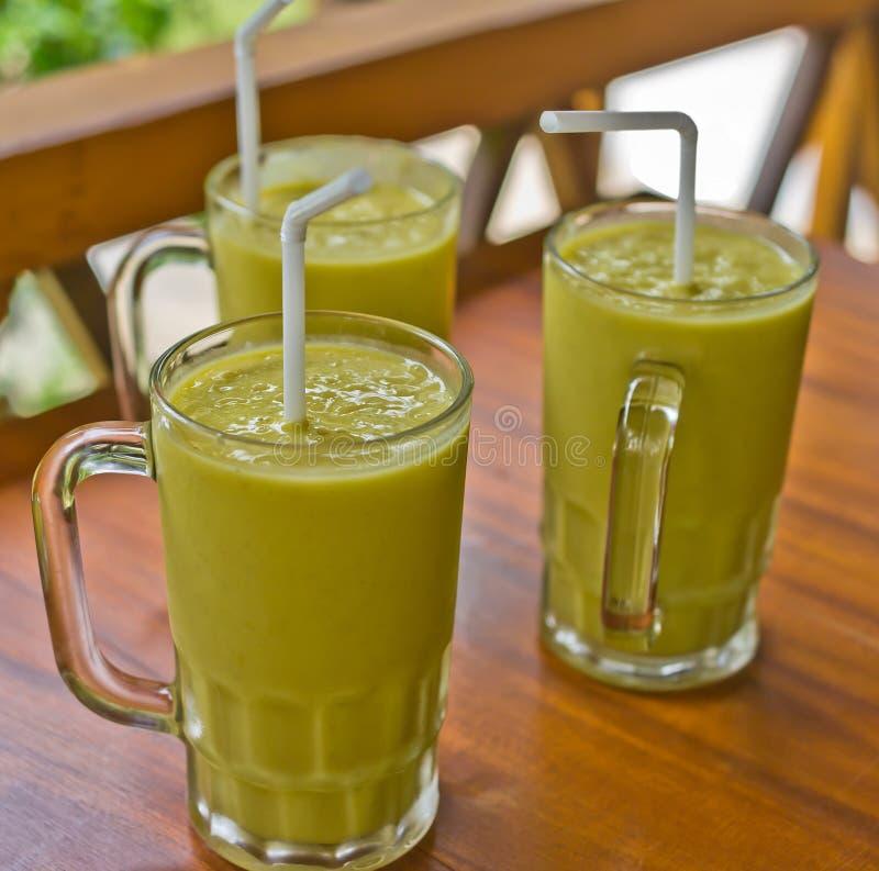 свежие milkshakes 3 мангоа стоковые изображения