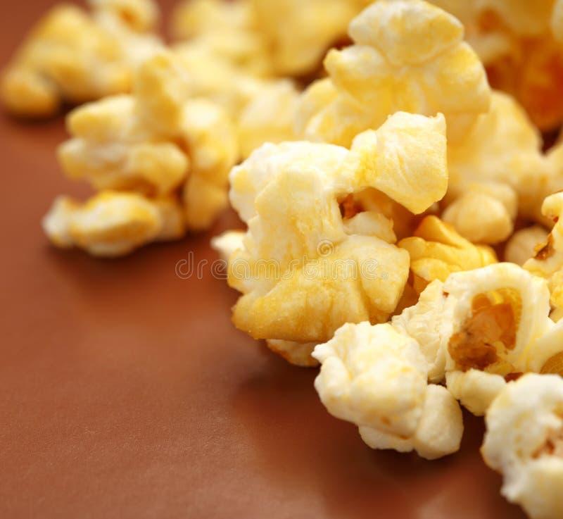 Свежий вкусный попкорн стоковая фотография rf