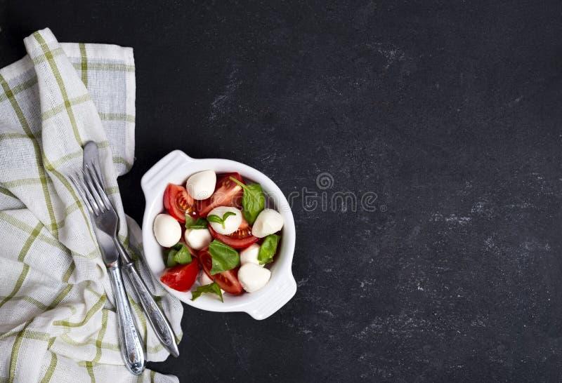 Свежий итальянский caprese салат стоковая фотография rf