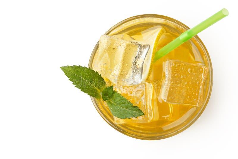 Свежий лимонад с льдом и мятой Настроение лета изолировано стоковая фотография
