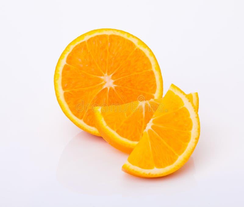 Свежий отрезок и плодоовощ кусков оранжевый стоковые фото