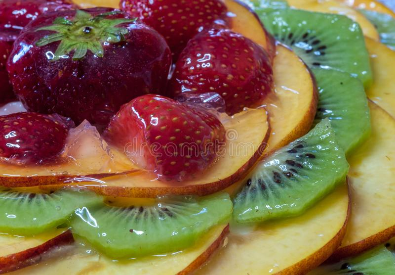 Свежий очень вкусный торт плодоовощ стоковые изображения