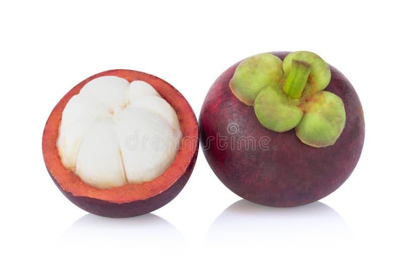 Свежий плод мангустана изолированный на белой предпосылке стоковое фото rf