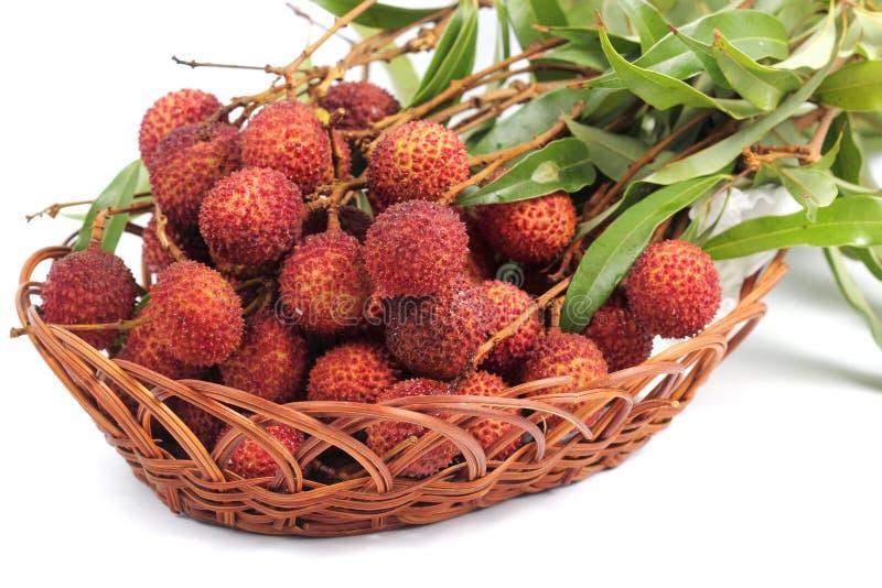 Свежий плодоовощ lychee в корзине стоковое фото