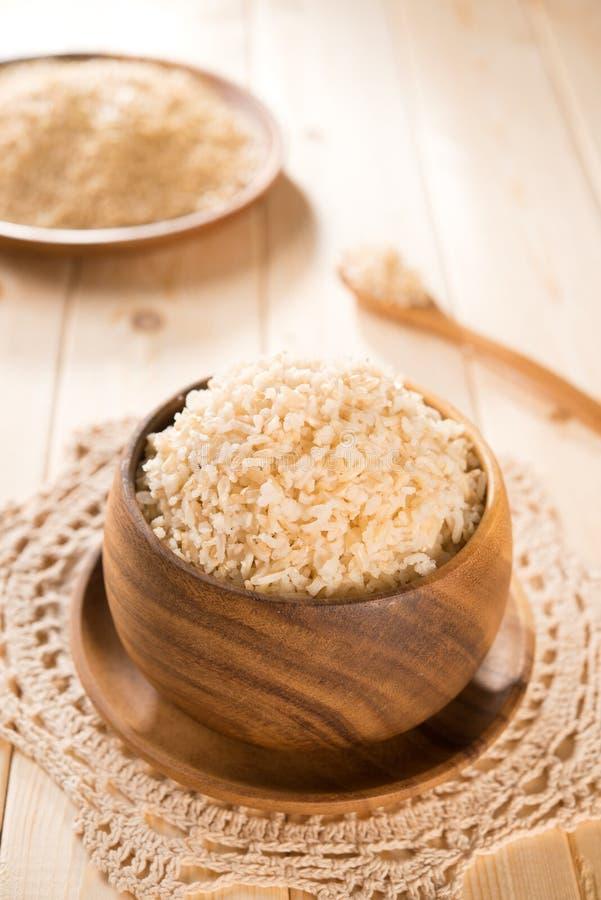 Свежий сваренный рис Индии органический basmati коричневый стоковое изображение