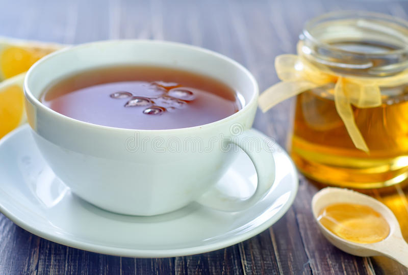 Download Свежий чай с медом стоковое фото. изображение насчитывающей иммуно - 41660152