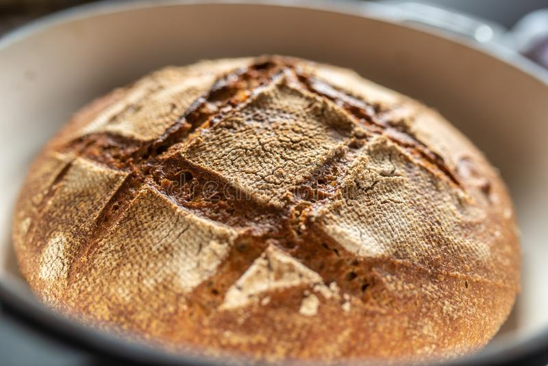 Свежо испекл хлеб сделанный домом стоковые фото