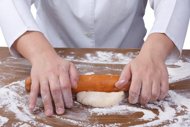 Свертывать вне тесто с вращающей осью стоковое изображение rf
