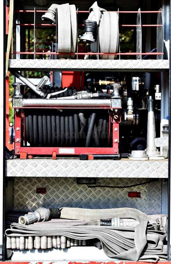 Сверхмощные шланги пожарного стоковое изображение rf