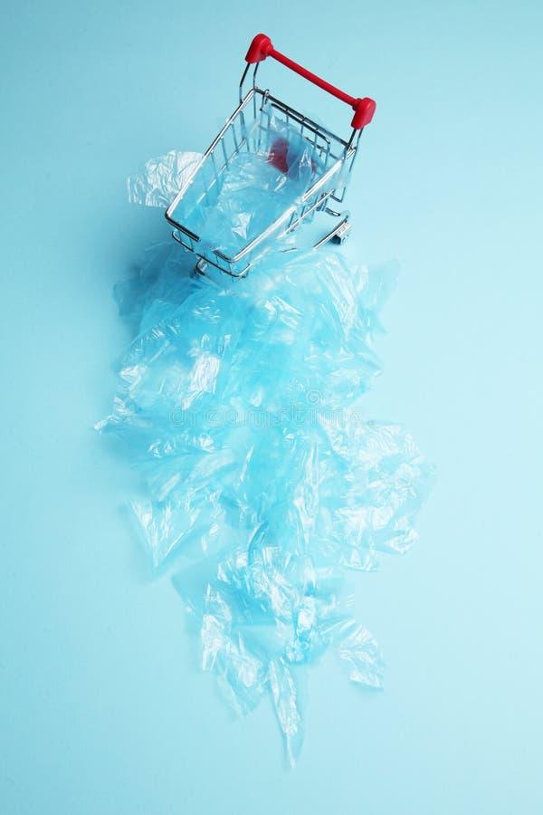 Сверхнормальная пластиковая погань в розницу стоковые изображения rf
