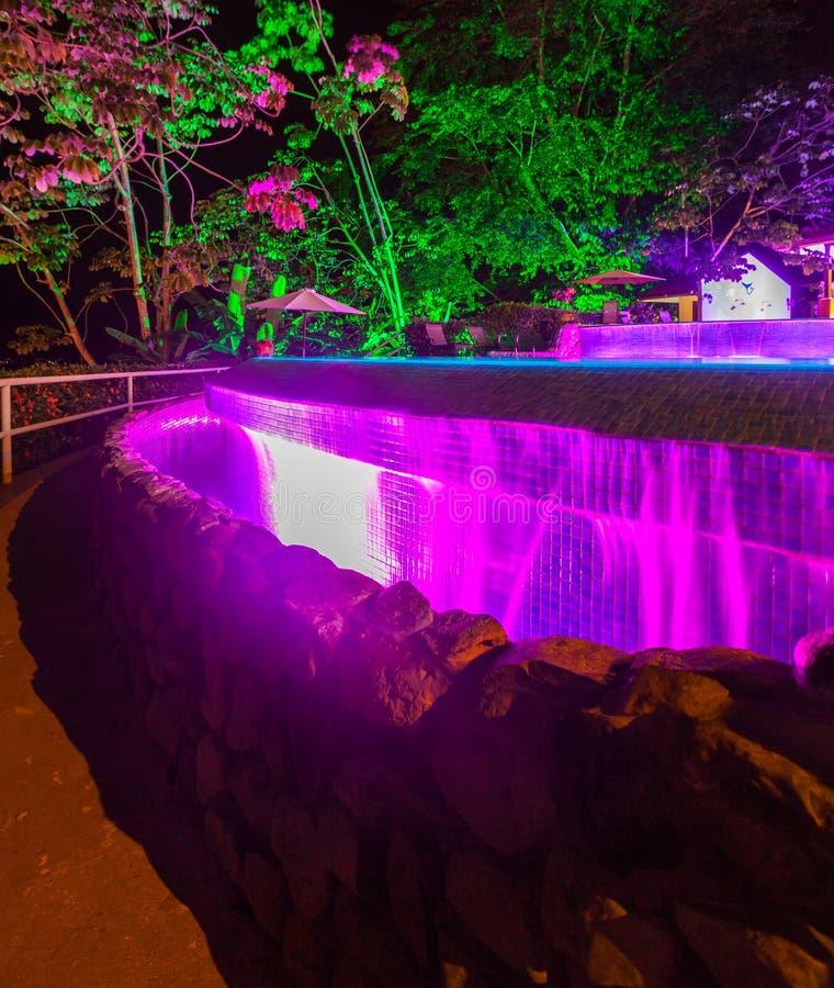 Света вечера на бассейне стоковая фотография rf