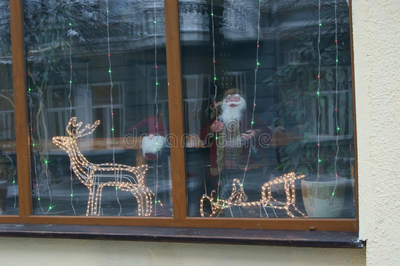 Света рождества в окне стоковое фото rf