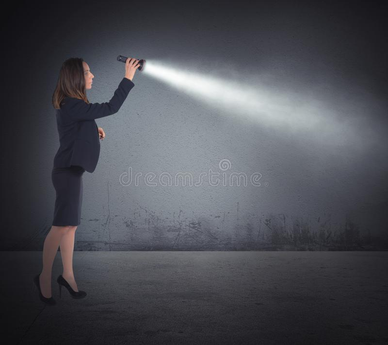 Света факела, который нужно искать стоковые фотографии rf