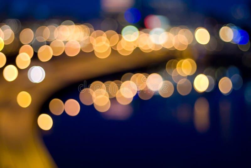 света фокуса города вне мочат стоковые фото
