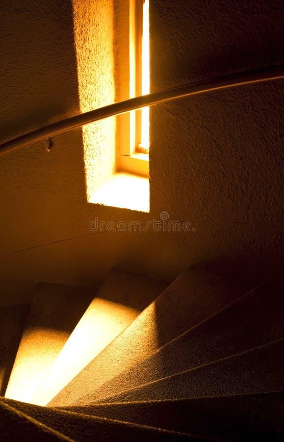 Download светлая мраморная мягкая винтовая лестница Стоковое Фото - изображение насчитывающей сказово, мягко: 18399800