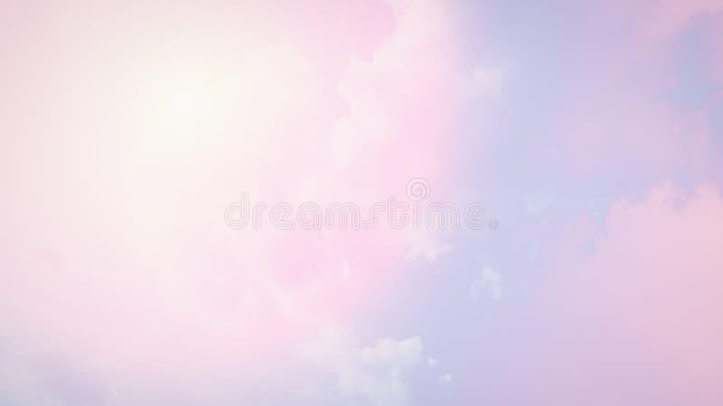Светлая мягкая розовая предпосылка голубого неба формат 16:9 панорамный : r стоковая фотография
