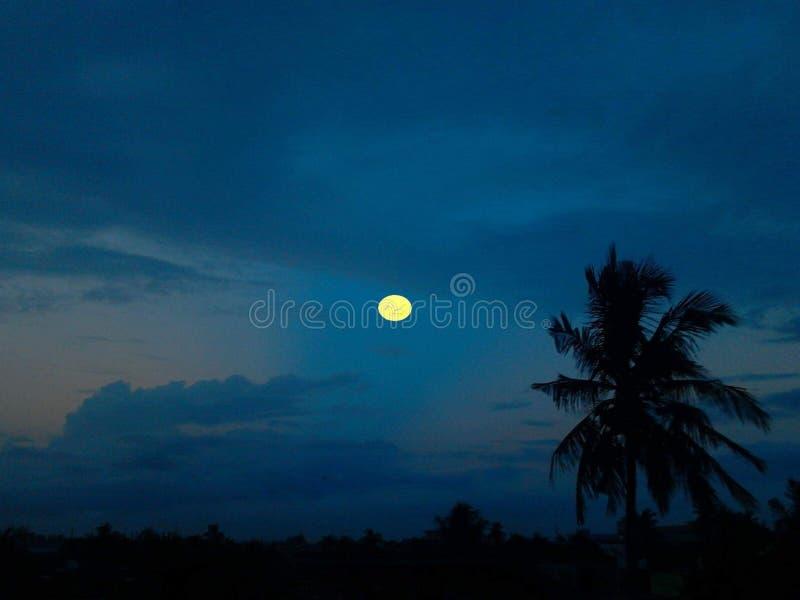 Светлая природа ночного неба луны лунного света стоковые фото