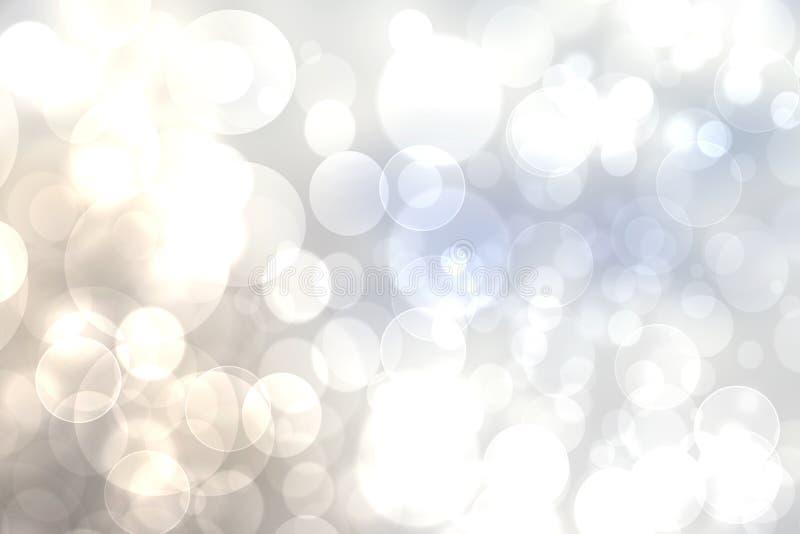Светлое конспекта праздничное - текстура предпосылки bokeh голубого градиента серебряная бежевая с красочными кругами и светами b стоковая фотография