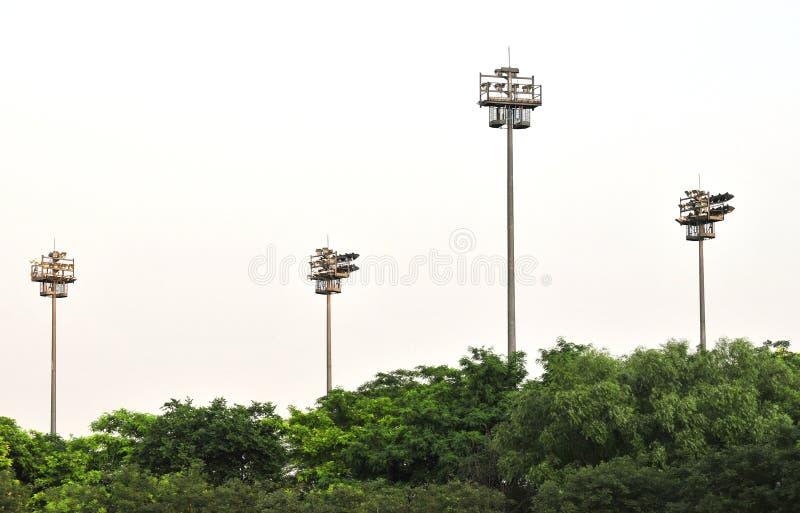 светлые башни