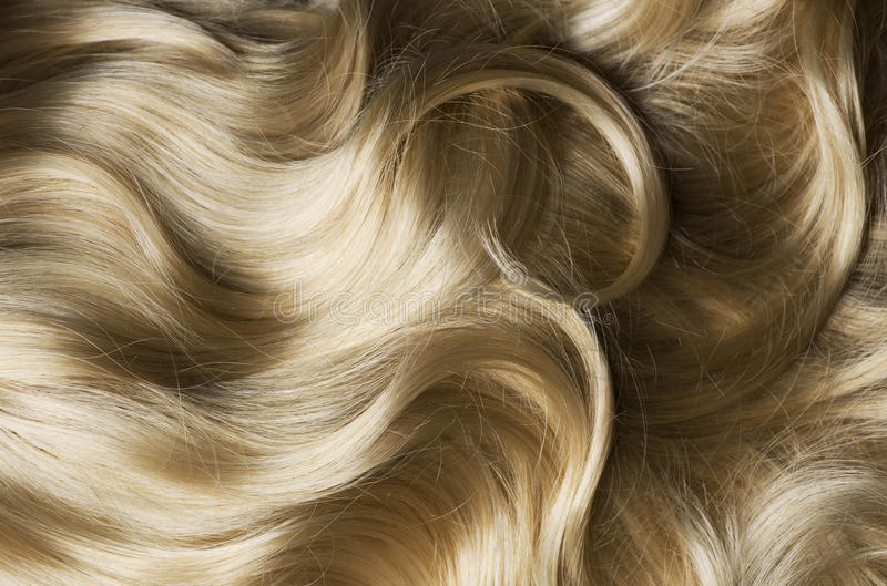 светлые волосы здоровые стоковое фото rf