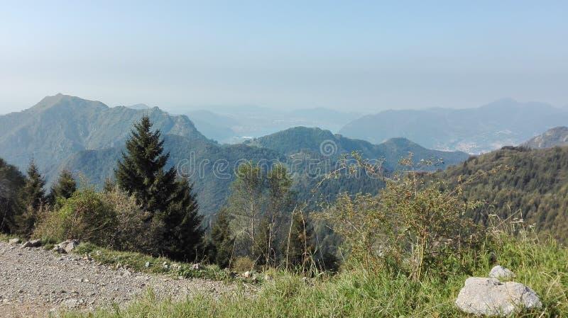 светлая гора стоковое фото rf