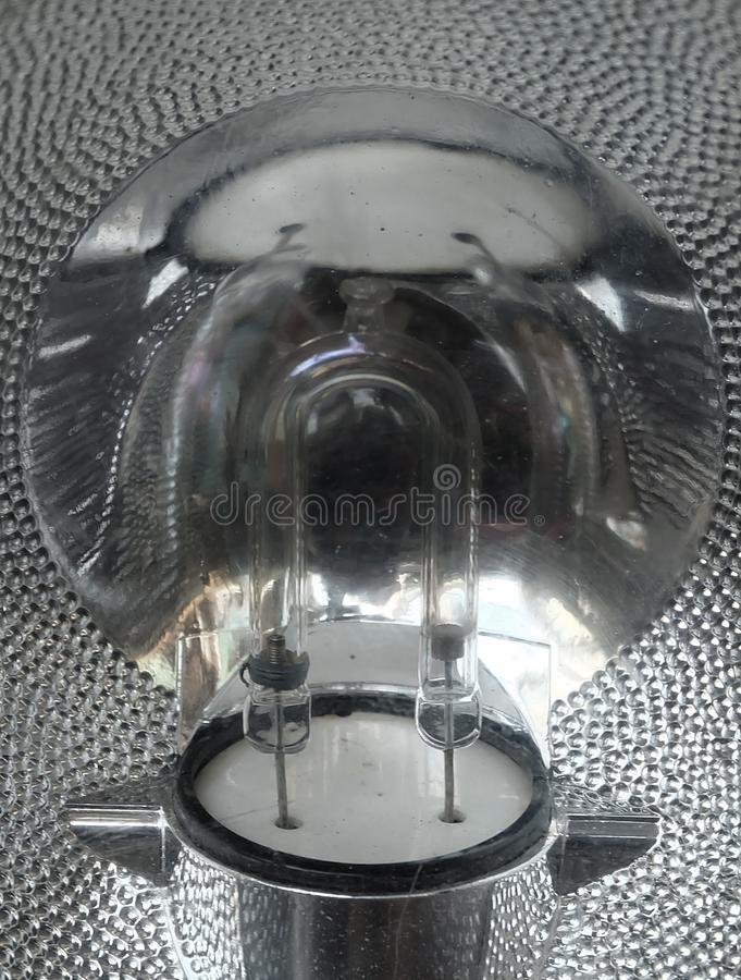 Свет галоида кварца и лампа галоида вольфрама стоковая фотография rf