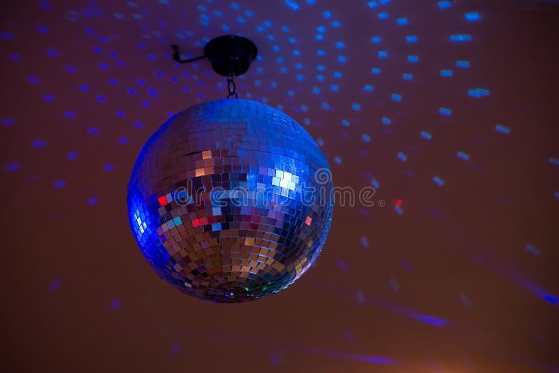свет диско шарика голубой Партия, событие стоковые фотографии rf