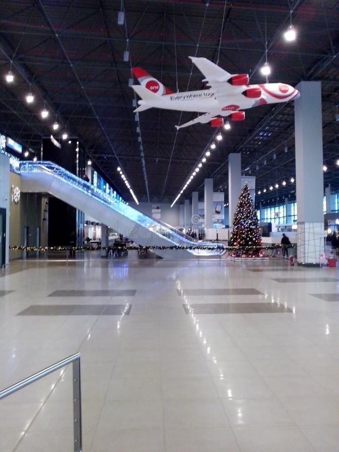 свет дня македонии авиапорта стоковая фотография rf