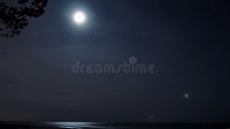 Свет луны стоковое изображение rf
