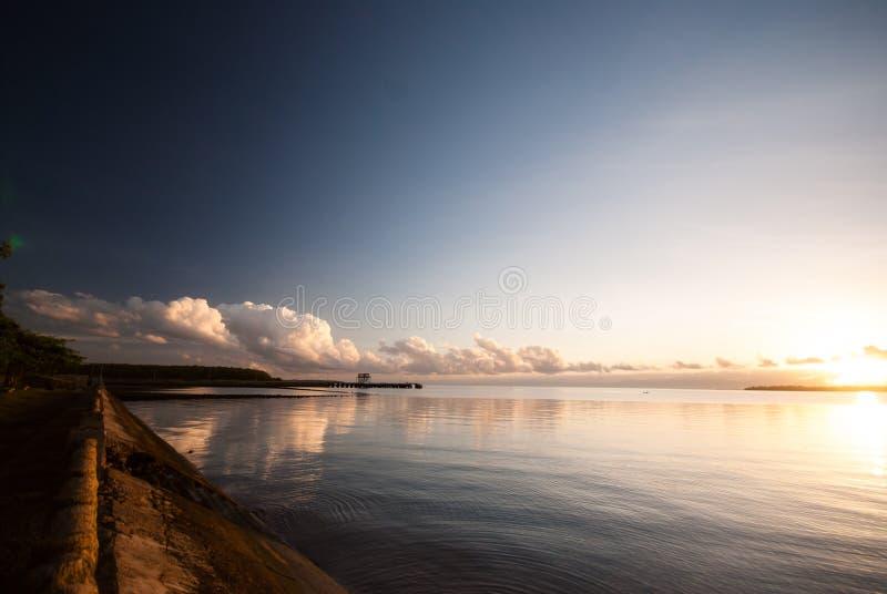 Свет утра заливом стоковое изображение rf