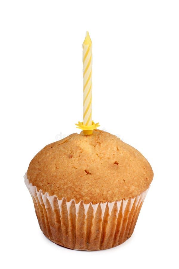 Свеча и сладостный торт стоковая фотография rf