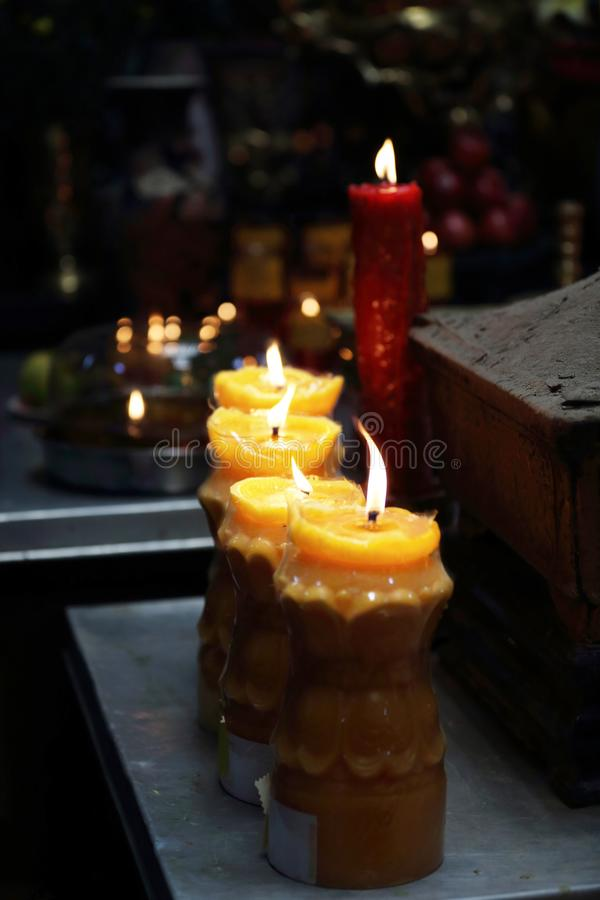 Свечи дальше изменяют, пагода Chua минимальное Huong, Хошимин стоковое изображение rf