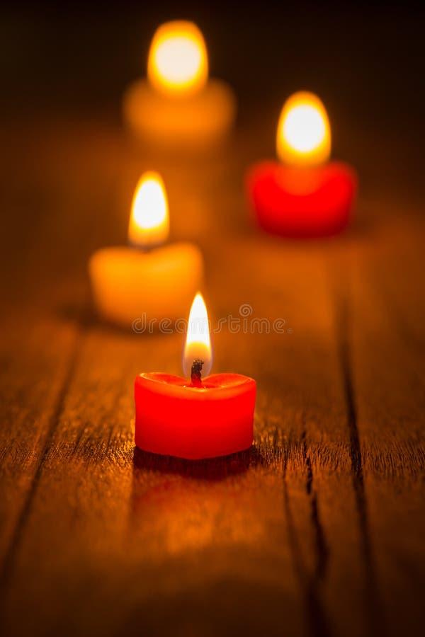 Свечи и формы сердца стоковое фото