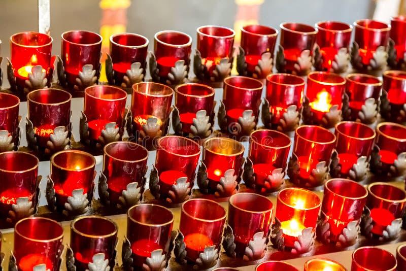 Свечи молитве стоковые изображения
