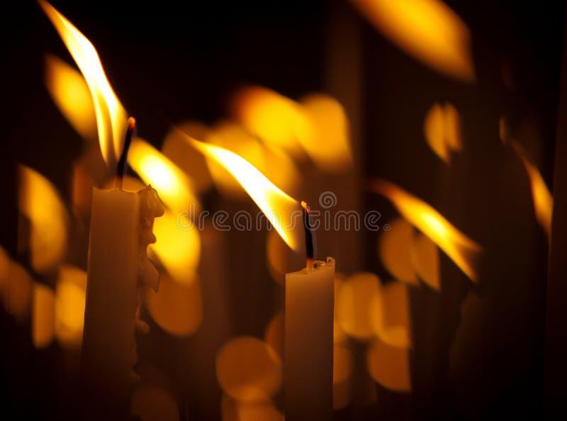 Свечи церков стоковое фото