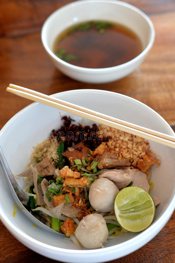 свинина лапши Малайзии еды bbq стоковые фото
