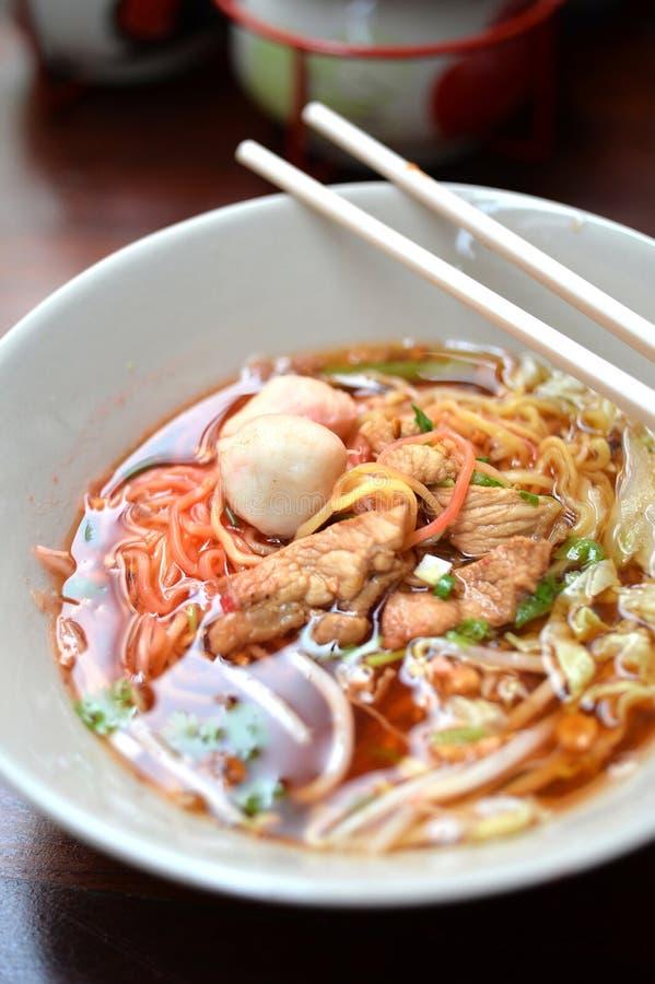 свинина лапши Малайзии еды bbq стоковые изображения rf