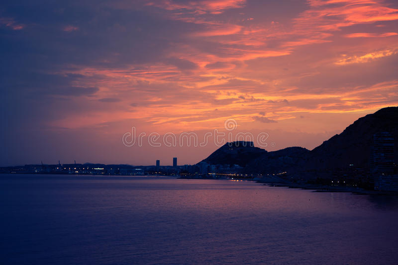 Свирль захода солнца форта Аликанте стоковое изображение