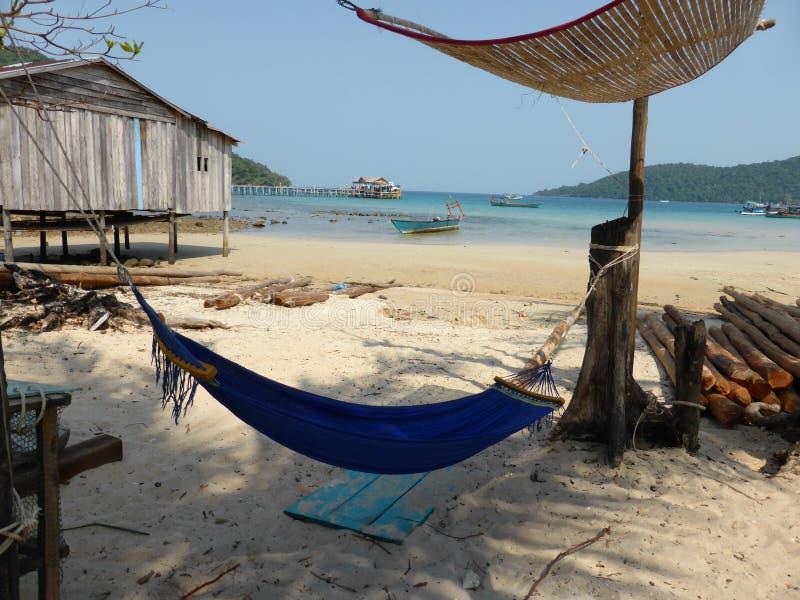 Свободная жизнь на пляже в Камбодже стоковая фотография
