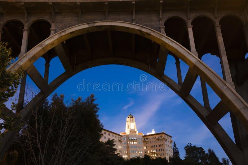 Свод моста Колорадо обрамляет u S Девятое Федеральный окружной апелляционный суд стоковые фотографии rf
